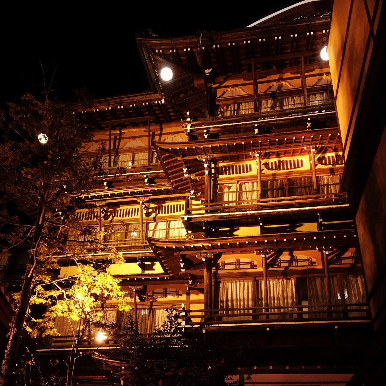onsen Onsen Night Low Angle View Illuminated Architecture Built Structure Building Exterior No People Outdoors First Eyeem Photo The Architect - 2017 EyeEm Awards