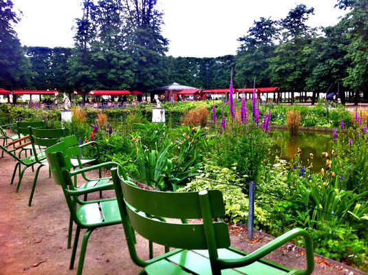 Paris at Jardin des Tuileries by Gldrk