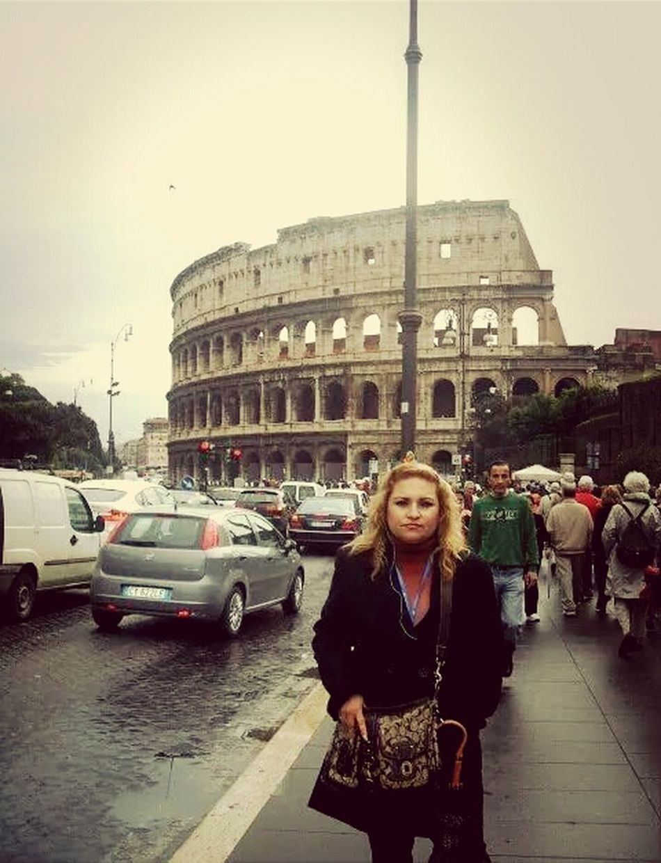 Coliseo Romano That's Me Hello World Happy Vacation