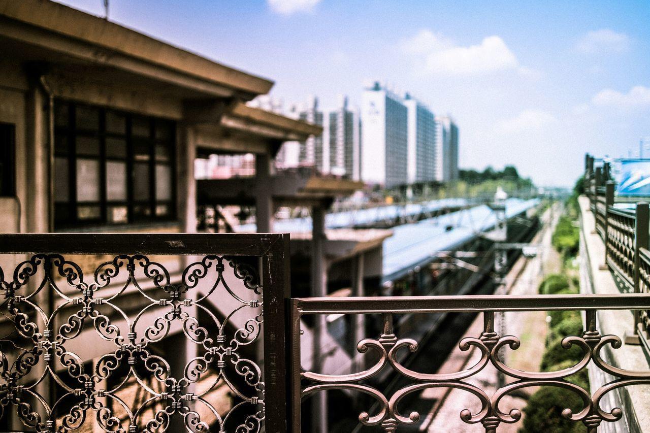 Notes From The Underground Vanishing Point Cityscapes Urban Landscape City Train Station Streetphotography Eye4photography  EyeEm Best Shots EyeEm Korea