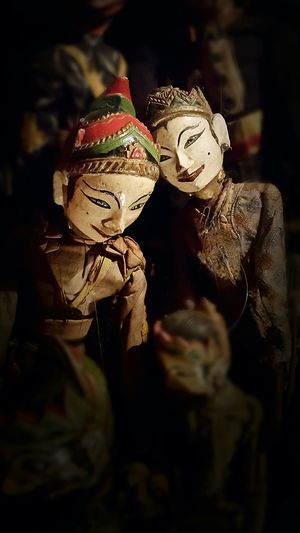 Almost real expression. As if the puppet in the back is teasing the puppet in front of it. Are they a couple? GalaxyS5 Puppets Lgbt Wayang Golek