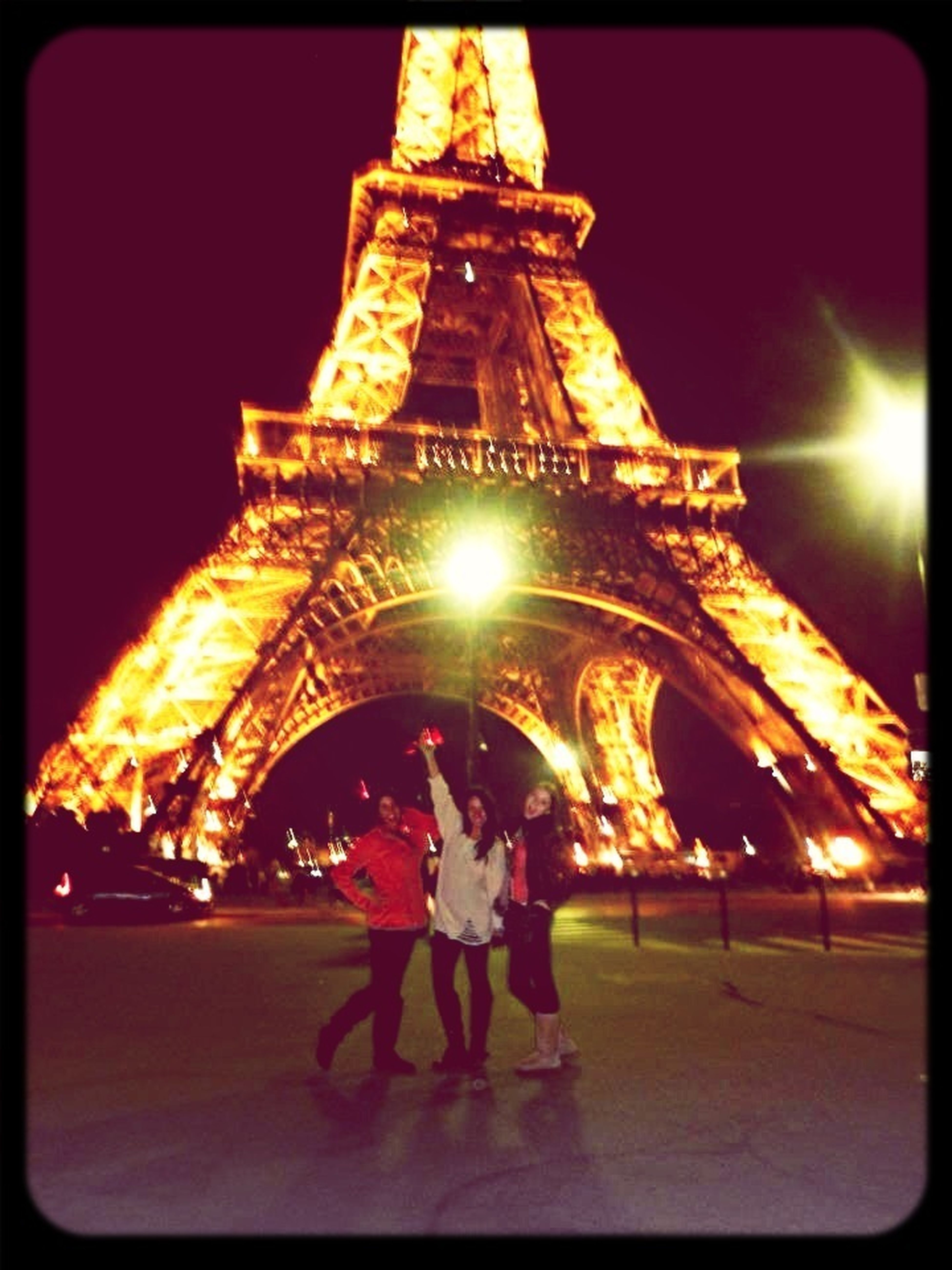 Throwing it back to the Eiffel Tower for my first picture!