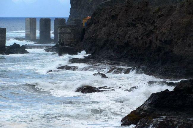 La Gomera Ocean Waves Crashing