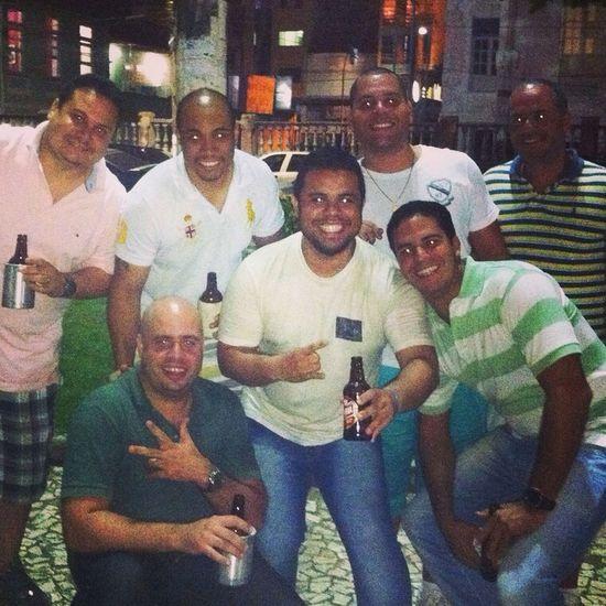 Encontro com os amigos Cerveja Enjoying Life Amigos Turmade99