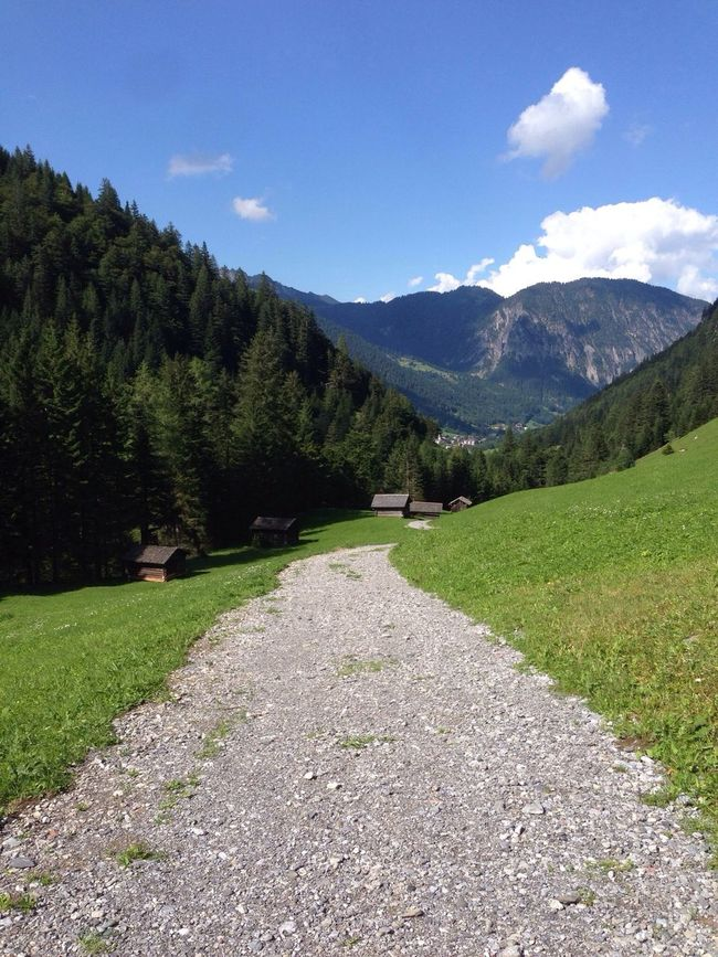 …out & #running in #Brandnertal! Beautiful scenery!