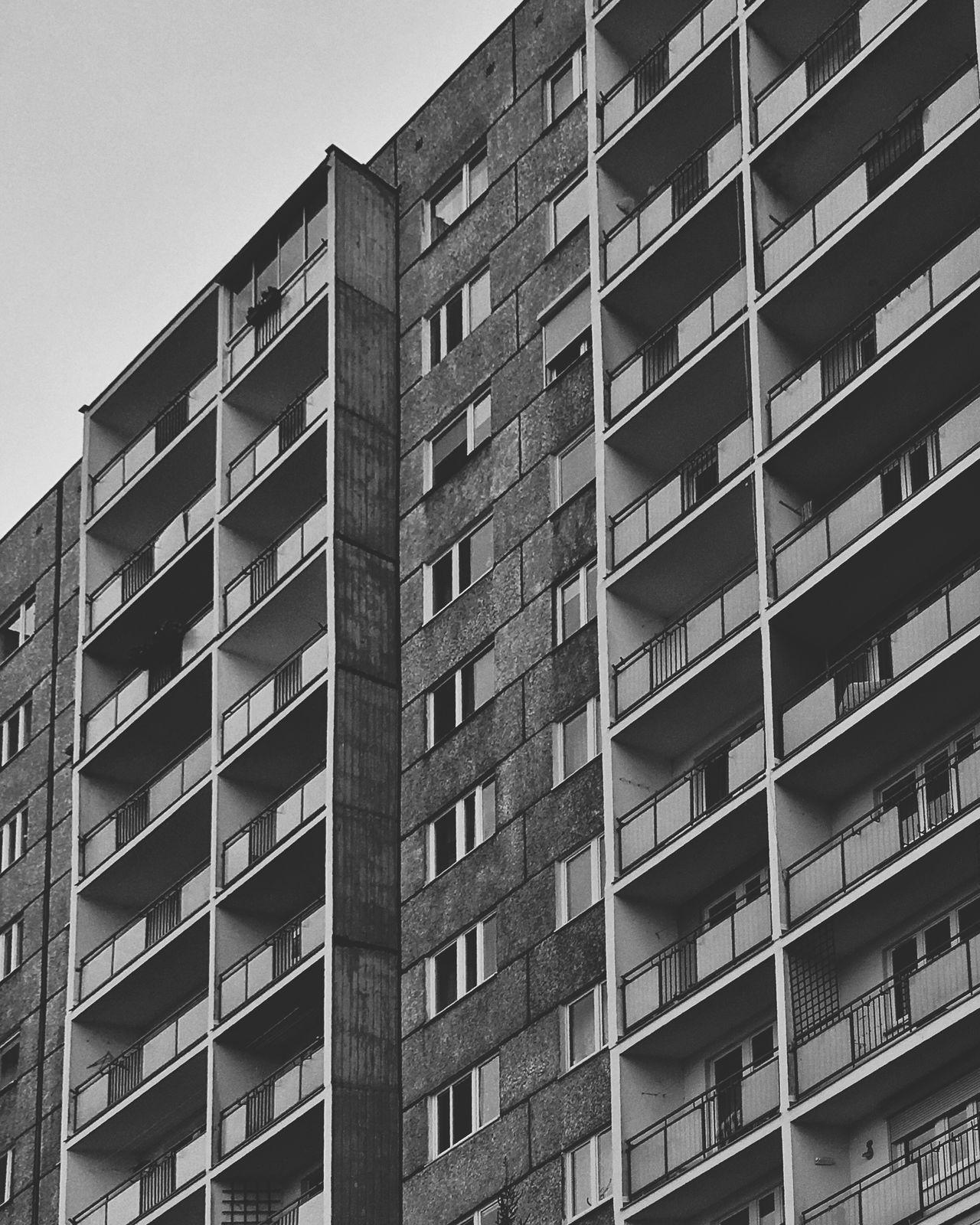 Beautiful stock photos of schwarz weiß, Architecture, Building, Building Exterior, Built Structure