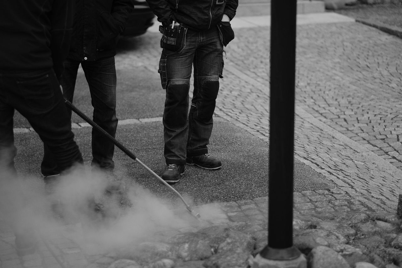 working AcroS Arbete EyeEm Best Shots EyeEm Black&white! EyeEm Bnw Eyeem Sweden Fujifilm FUJIFILM X-T2 Kungshamn Legs And Feet Low Section Men Monochrome Monochrome Photography Outdoors Real People Steam Svartvitt Sverige Sweden SWEDEN_bw Taking Photos Work X-t2 XF56mmAPD