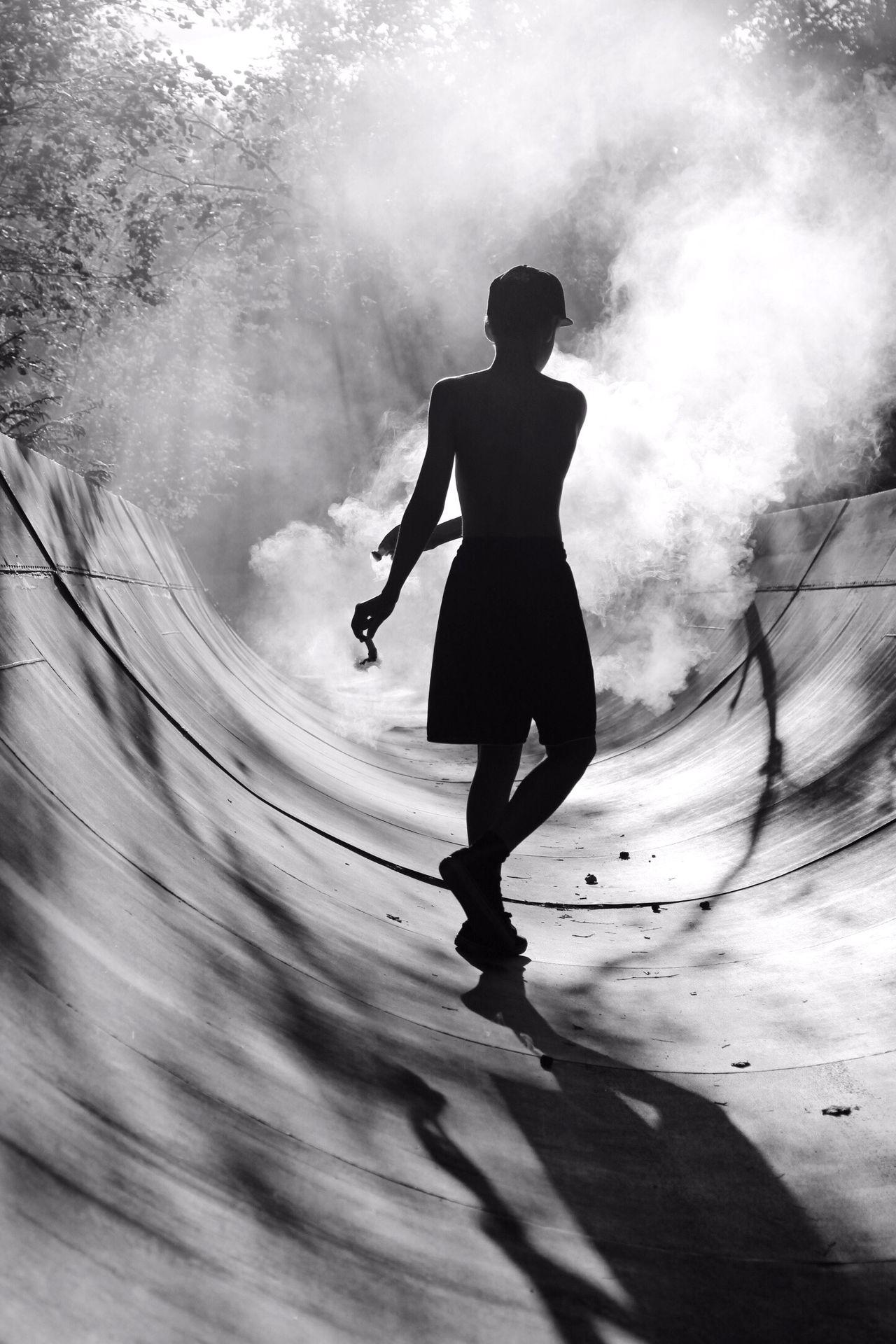 Shades Of Grey EMCSummerViews Creative Light And Shadow Silhouette TheWeekOnEyeEM Learn & Shoot: Layering Deceptively Simple