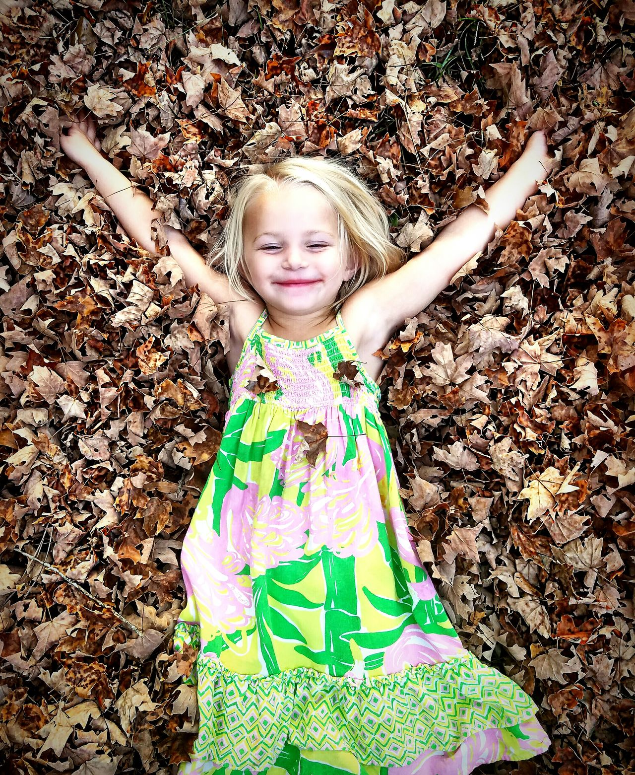 Charlotte Fall Leaves Fall Colors North Carolina MyGIRL Childhood Blond Hair Smiling Outdoors Cheerful Multi Colored Happiness Growing Up So Fast Daddyslittlegirl Children Photography MyGIRL