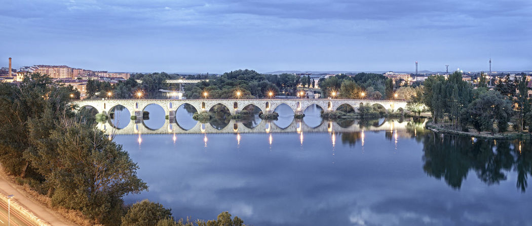 Architecture Bridge Bridge - Man Made Structure Illuminated Large Group Of Objects No People Outdoors Panorama Panoramic Panoramic Landscape Panoramic Photography Panoramic View Panorámica Reflection Reflection Lake Sky Stream Water