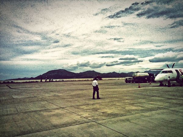 Scenery India Airport Background Mountains Playing With Filters Clouds And Sky HDR Taking Photos Check This Out Travel Photography Hanging Out Tirupati Relaxing Evening Viewpoint Bombardier Q400 From My Point Of View First Eyeem Photo EyeEm Gallery EyeEm Best Shots EyeEm Eye4photography  Hello World EyeEmBestPics