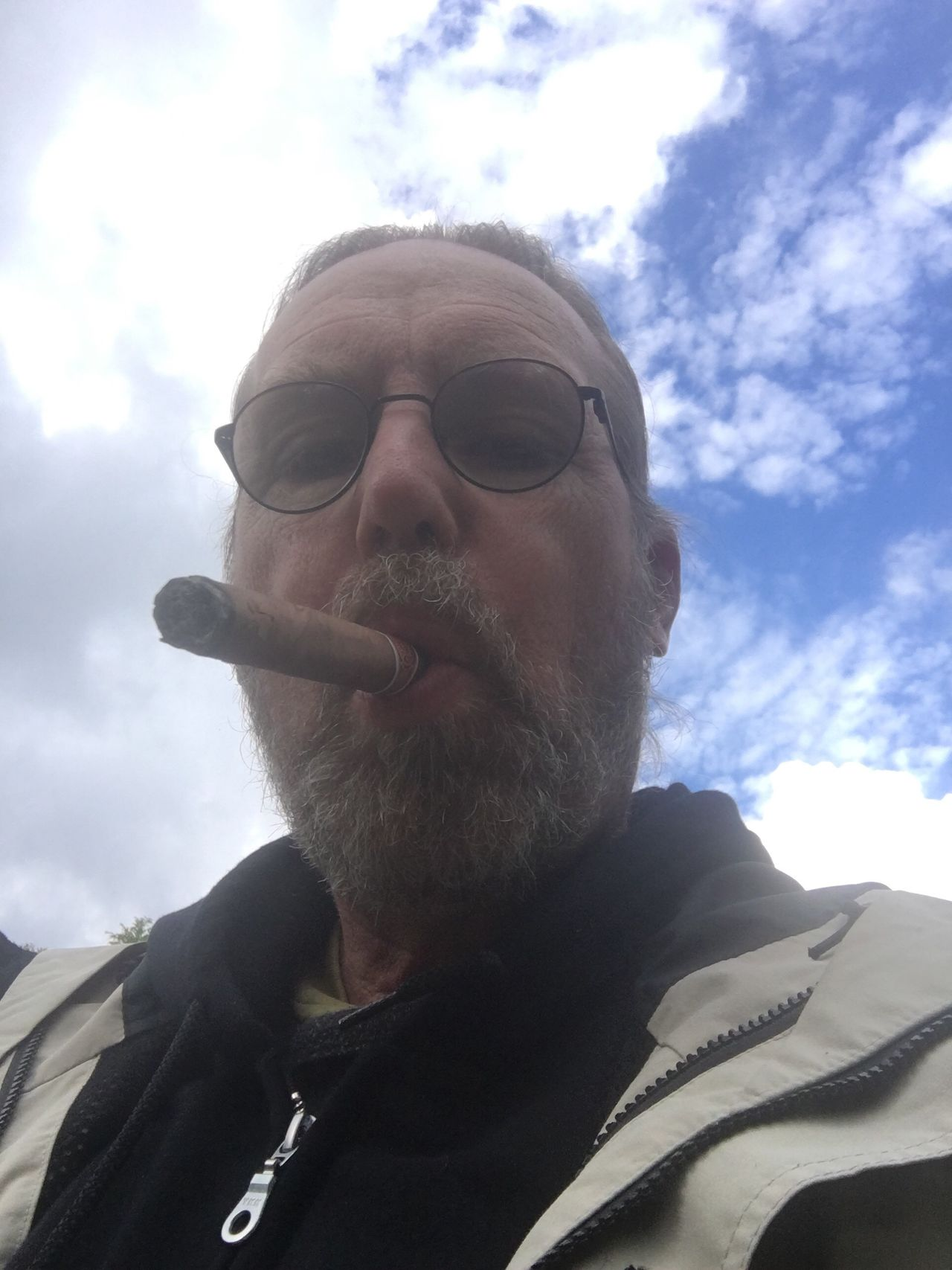 Having a cuban cigar as my vacation comes to a close. Vacations Romeo Y Julieta Front View Leisure Activity Low Angle View Sky Lifestyles Headshot Cloud Cloud - Sky Sunny Sweden My Photography Me EyeEmBestPics EyeEm Best Shots Looking At Camera Focus On Foreground Person One Mid Adult Man Only Outdoors Adventure Day Person