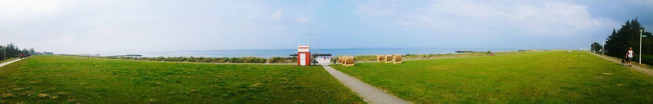 Kalifornien Schönberg Feel The Journey Baltic Sea Happy Couple Probstei Panorama Panoramic Photography Panoramic Landscape Panoramic View Panoramashot Beach Life Beachphotography Beach Photography Dike Deich