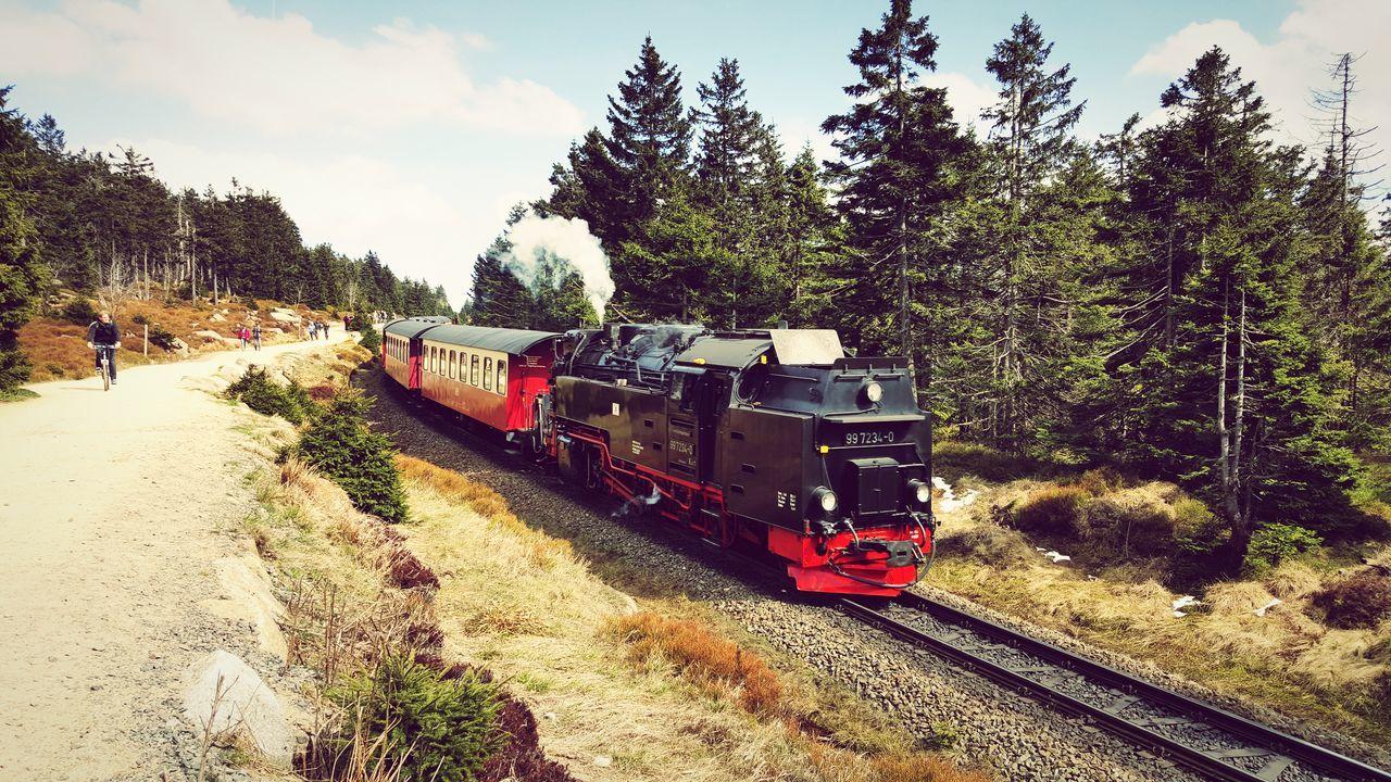 Brockenbahn Brocken Harz Harz Bilder Harzreise Zug Dampflok Dampflokomotive EyeEmBestPics EyeEm Best Shots Wandern