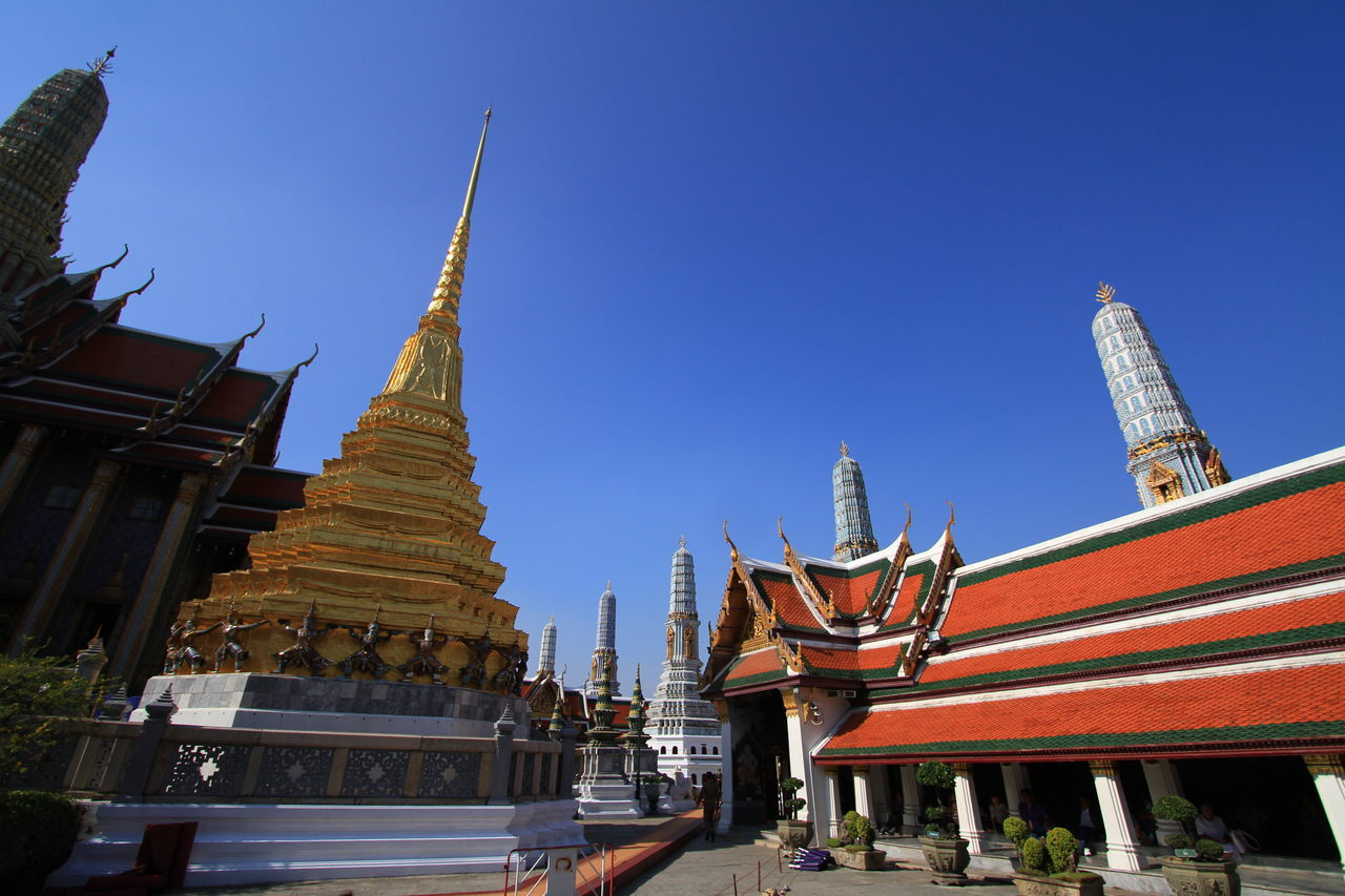 Eos7d Sky And Clouds Thailand Trip Travel Photography The Great Outdoors With Adobe Thailand Thailandtravel Temple Bangkok