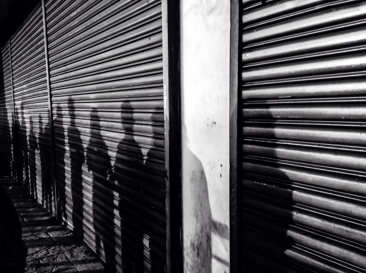 SHADOW PLAY built structure Architecture shutter corrugated iron no people building exterior day metal outdoors Corrugated close-up shadow streetphotography street photography streetphoto_bw real people