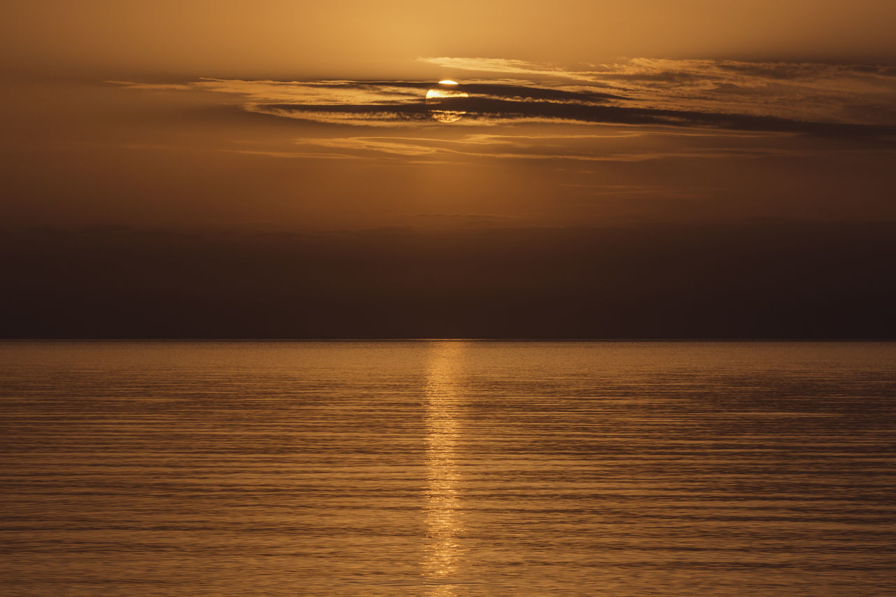 Sun through clouds at sunset. Beauty In Nature Horizon Over Water Light And Shadow Mediterranean  Nature Orange Orange Sunset Outdoors Scenics Sea Simmetry Sky South Of France Sun Sun Filtered Sun Filtered Through Clouds At Sunset Sunset The Color Of Sunset Tranquility Water My Travel Photography From A Tourist Perspective