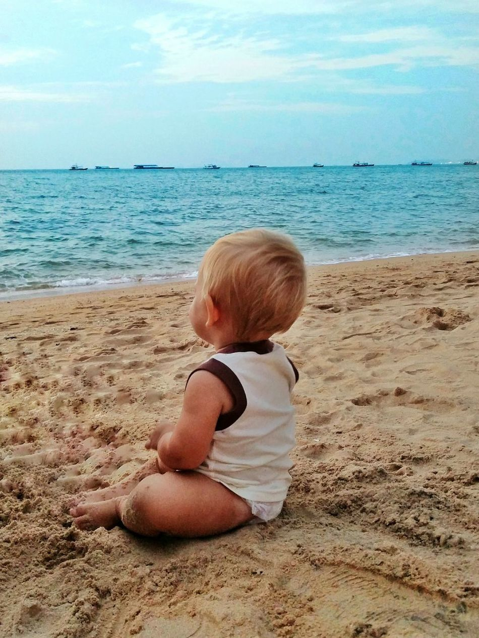 Spotted In Thailand Pattaya Pattaya Beach Best EyeEm Shot Baby On The Beach Beach Sand Waves EyeEm Best Shots The KIOMI Collection Blue Wave Showcase April Long Goodbye