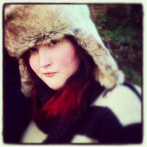 Mee<3 Redhair Blueishblackhair Reddipdye Beautiful Pretty Hat Scarf Likeit Loveit Goood Like Follow Muchlove