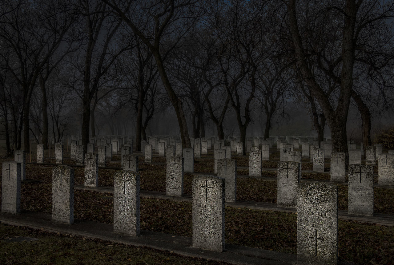 Dark Fog Foggy Grave Gravestone Graveyard Graveyard Beauty Spooky