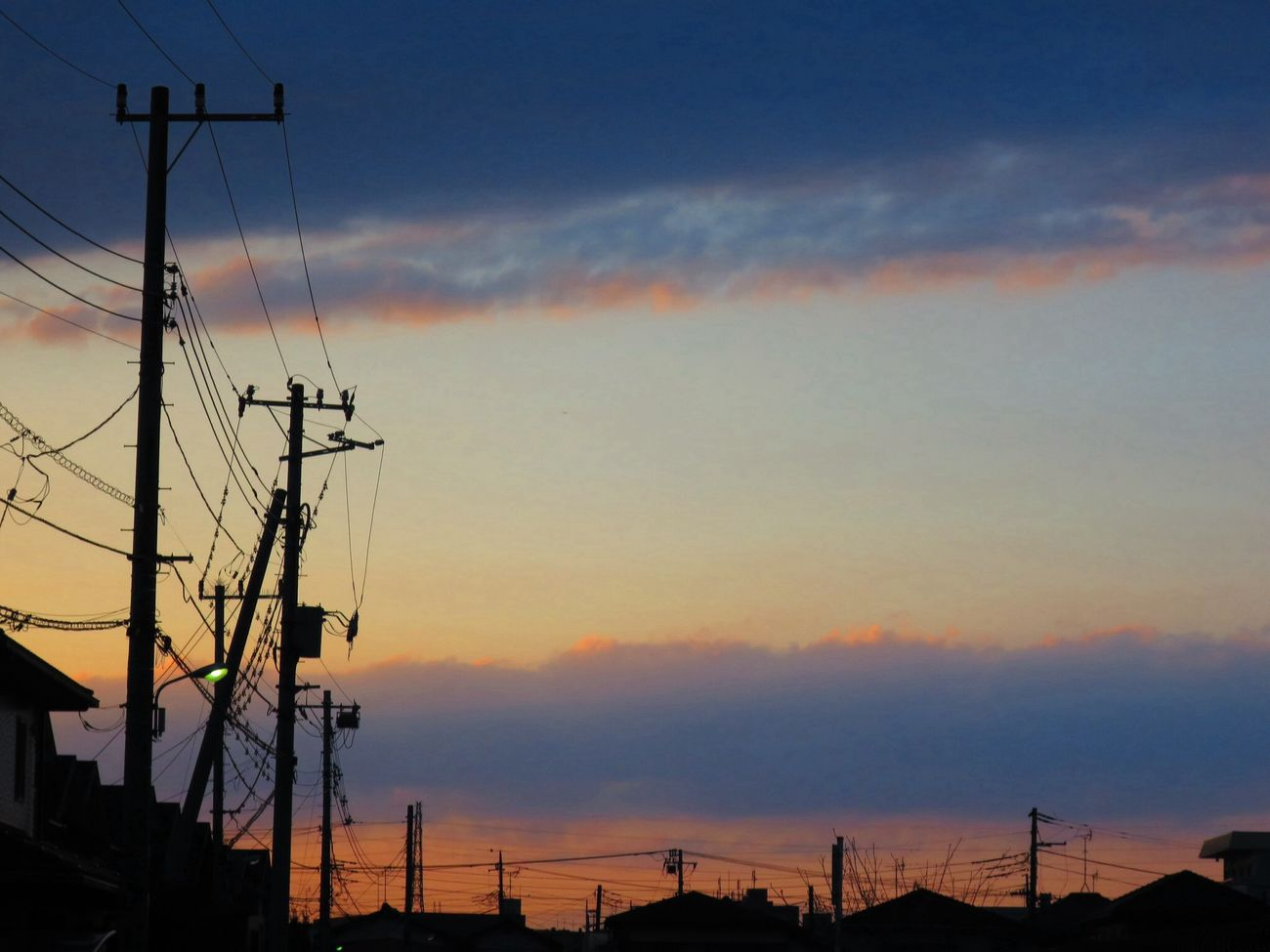 お疲れさまでした。 Canon S120 Twilight Sun Set