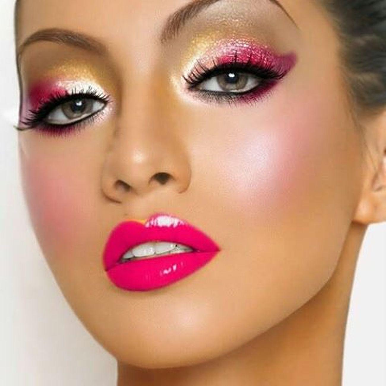 Makeup Pinkcheeks Pinkmakeup Eyeandlips Eyemakeup Eyecolor Lips Lipstick Lipcolor blush Pinklips Pinkeyemakeup Pinkeyes