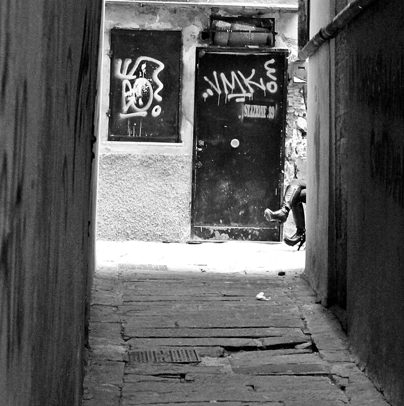 Street Streetphotography Blackandwhite Street Life On The Streets Streetphoto_bw Genova Bws_worldwide Italianbrother Eye4photography