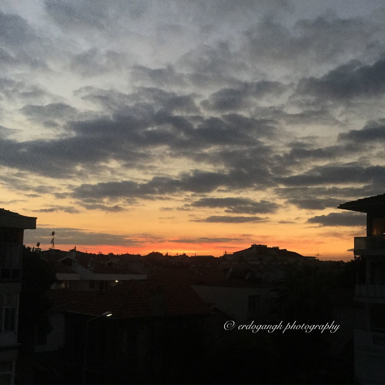 Enjoying The Sun Sunset #sun #clouds #skylovers #skyporn #sky #beautiful #sunset #clouds And Sky #beach #sun _collection #sunst And Clouds Istanbul Yesilköy Pictureoftheday Nature Hello World EyeEmBestPics Beatiful People Watching Istanbul