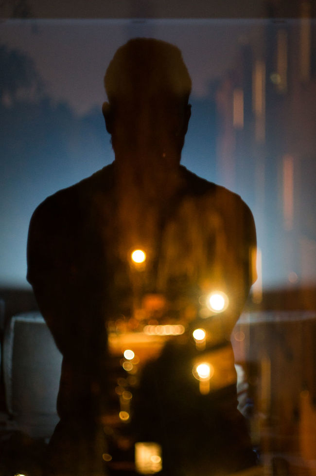Focus on foregroundInside Things Artistic Portrait Inside Window Mirrorselfie Autoportrait Blurry Out Of Focus Backlight Shadows And Backlighting Selfie ✌ Selfi Back Lit Illuminated Overnight Success