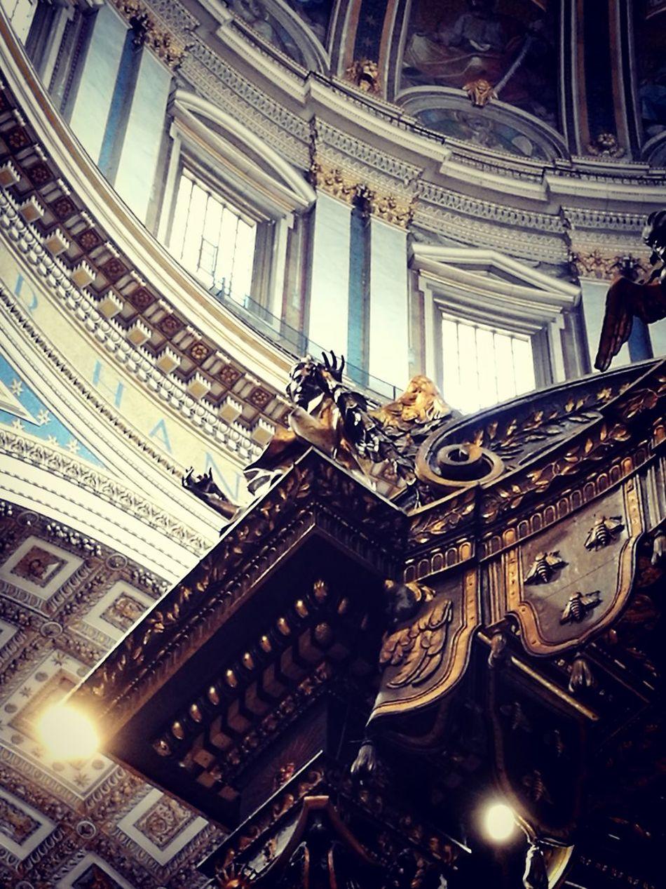 SanPietro Vatican VaticanCity Basilica Di San Pietro In Vaticano Tuttisanti 2novembre Bernini Barocco Architecture Indoors  No People Day City