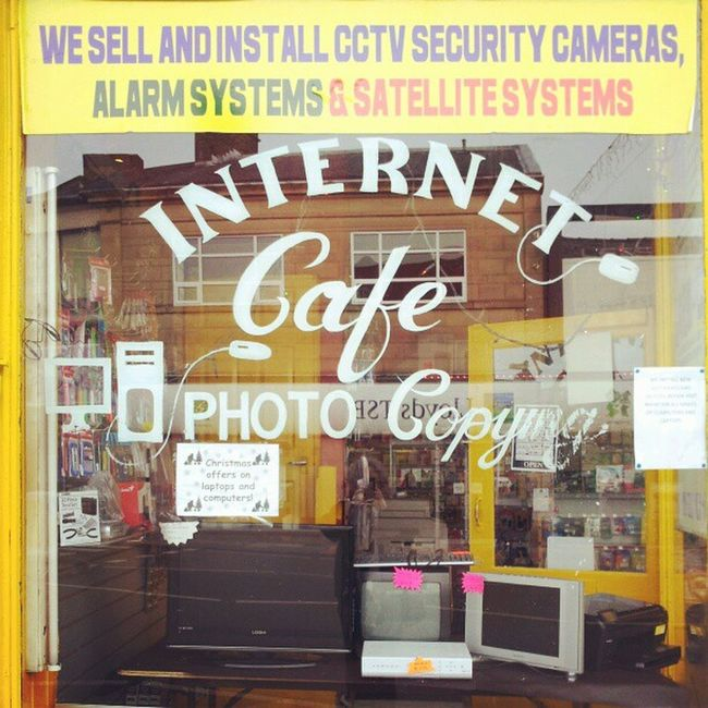 Crazy, did not realise these shops still existed, it only opened not so long ago! Lancashire Accrington Shop Internetcafé