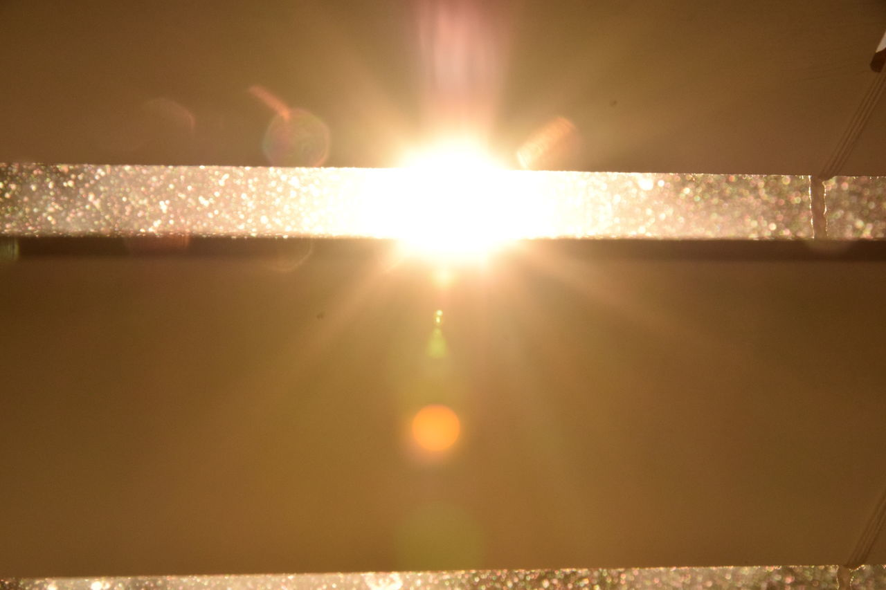 sun, lens flare, bright, sunbeam, sunlight, glowing, illuminated, no people, nature, beauty in nature, outdoors, close-up, day, sky