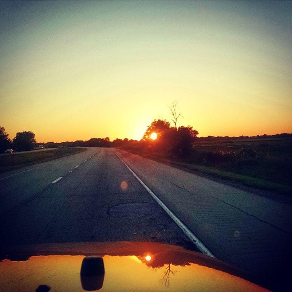 Last night's sunset.... Roadtrip Coloradobound Jeeping Jeepjamboree