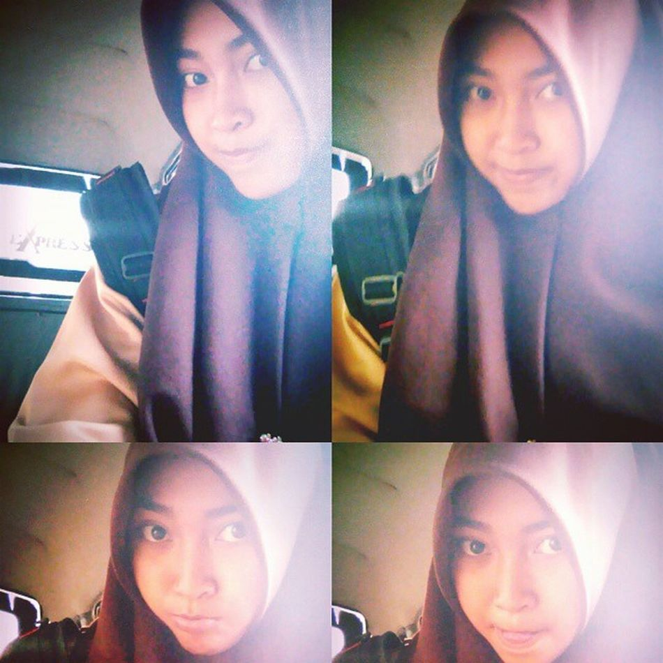Selfie Angkot School