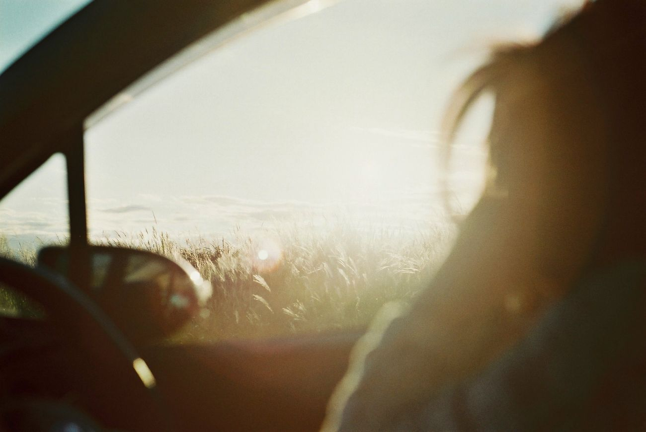 車の空間がすき。 Film Film Photography Olympus Olympusom1n Sunrise EyeEm Best Shots EyeEm Nature Lover 車 わたしの車窓から Portrait Of A Friend