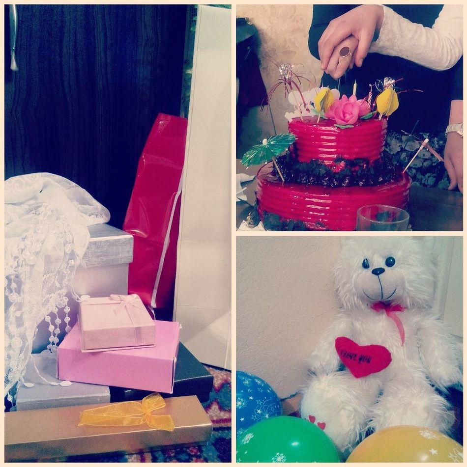 Gecikmiş doğum günümün kutlaması :) MyBirthday Presents Happywithmyfriends