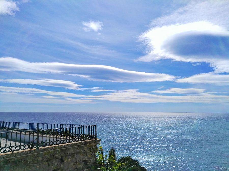 Nerja. Spain ✈️🇪🇸 Malagacity Andalucía Photography Mobilephoto Mobileart Mobilephotography Streetphotography Huaweig8 Huawei Photo Photo Of The Day Tourism Photoart España🇪🇸 Color Photography Malaga Beach Nerja