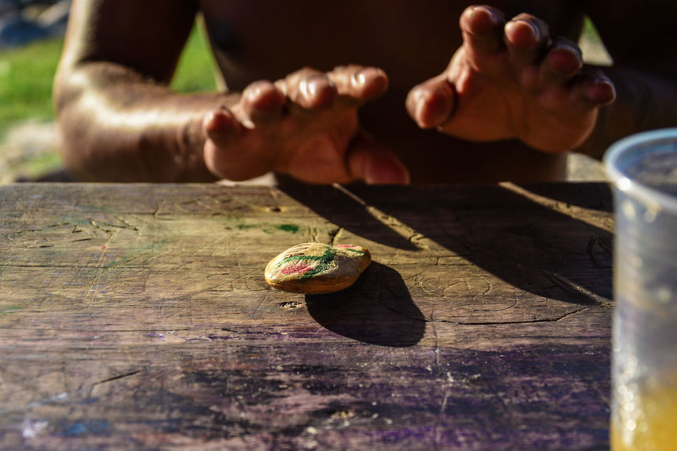 Close-up Day Freshness Holding Human Body Part Human Hand Men Nature One Person Outdoors People Real People Skill  Sunlight Table Wood - Material Working