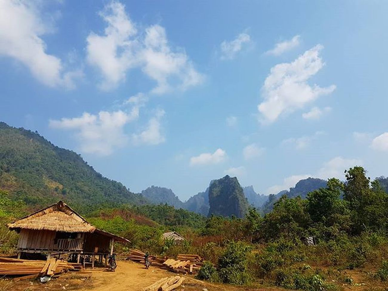 Breathtaking Scenery of Kayin State Camera - Samsung Galaxy S7 Edge Igersmyanmar Myanmar Burma Kayin Kayinstate Mountains Stonemountain Nature Beautifulmyanmar Instagood Mobilephotography GalaxyS7Edge Photography Photooftheday Sky Asiaonetravelsnaps Photooftheweek Instagram AOV Artofvisuals Choose2create Alphahype Yourworldgallery Travelgood Vacationinstyle breathtaking scenery meistershots