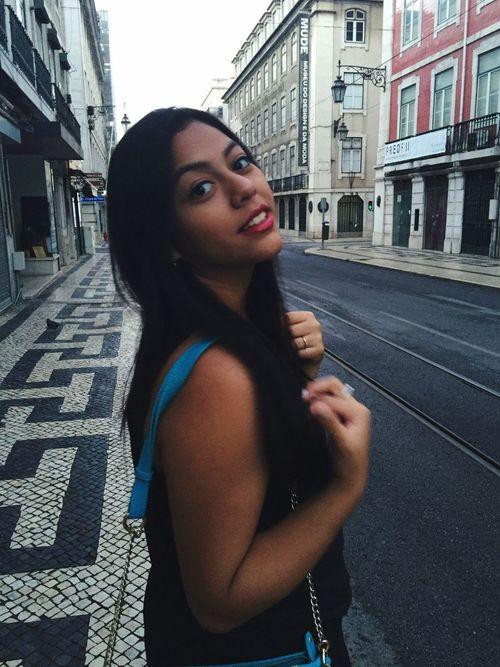 Andando por Lisboa as 6:00 am Lisbon Ruadaprata Jetlife Portugal