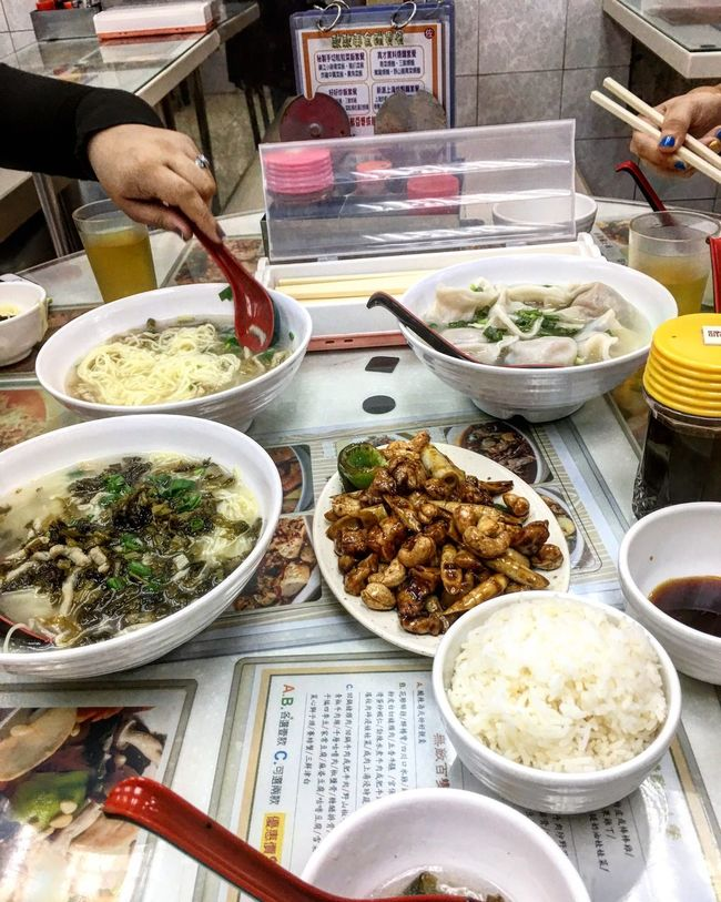 We Tried this Authentic Hongkong dishes with my friends ShareTheMeal Food Food And Drink Freshness Ready-to-eat Chinese Food Healthy Eating Chopsticks Real People Choice Bowl Indoors  Meal One Person Variation Plate Tofu Asian Food Day Dim Sum People HongKong Hongkongfood ShoutOut Pinoy