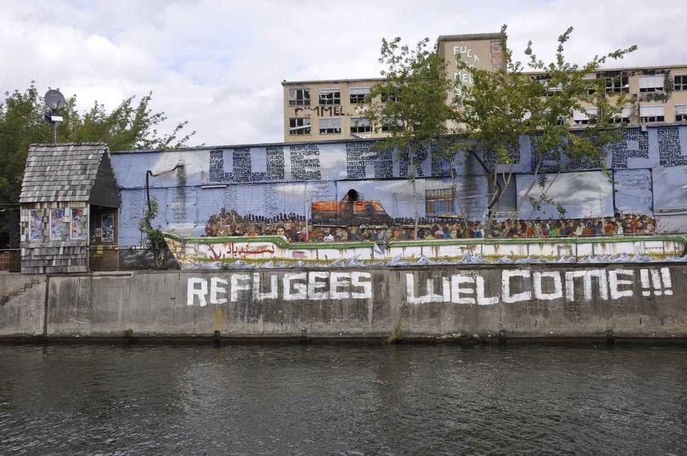 Berlin Berlin Photography City Europe Germany Graffiti Graffiti & Streetart Graffiti Art Graffiti Wall Outdoors Refugee Refugees Refugees Crisis Refugees Welcome Refugeeswelcome Spree Spree River Water Waterfront