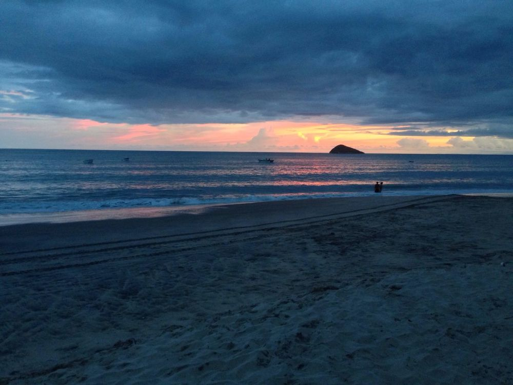 Beach Fiestas Patrias