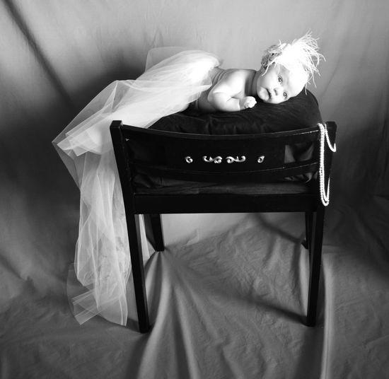 B&W Portrait Tara Jane, 6 Weeks, In Mommys Wedding Veil