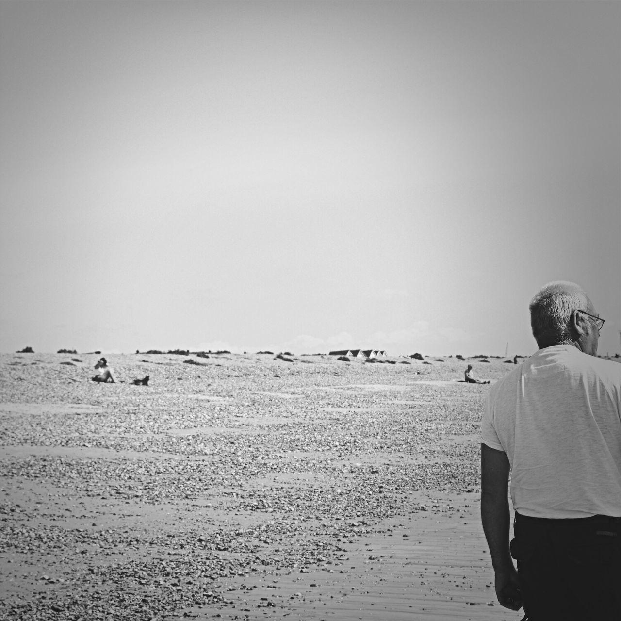 Beautiful stock photos of senior, Beach, Clear Sky, Copy Space, Day