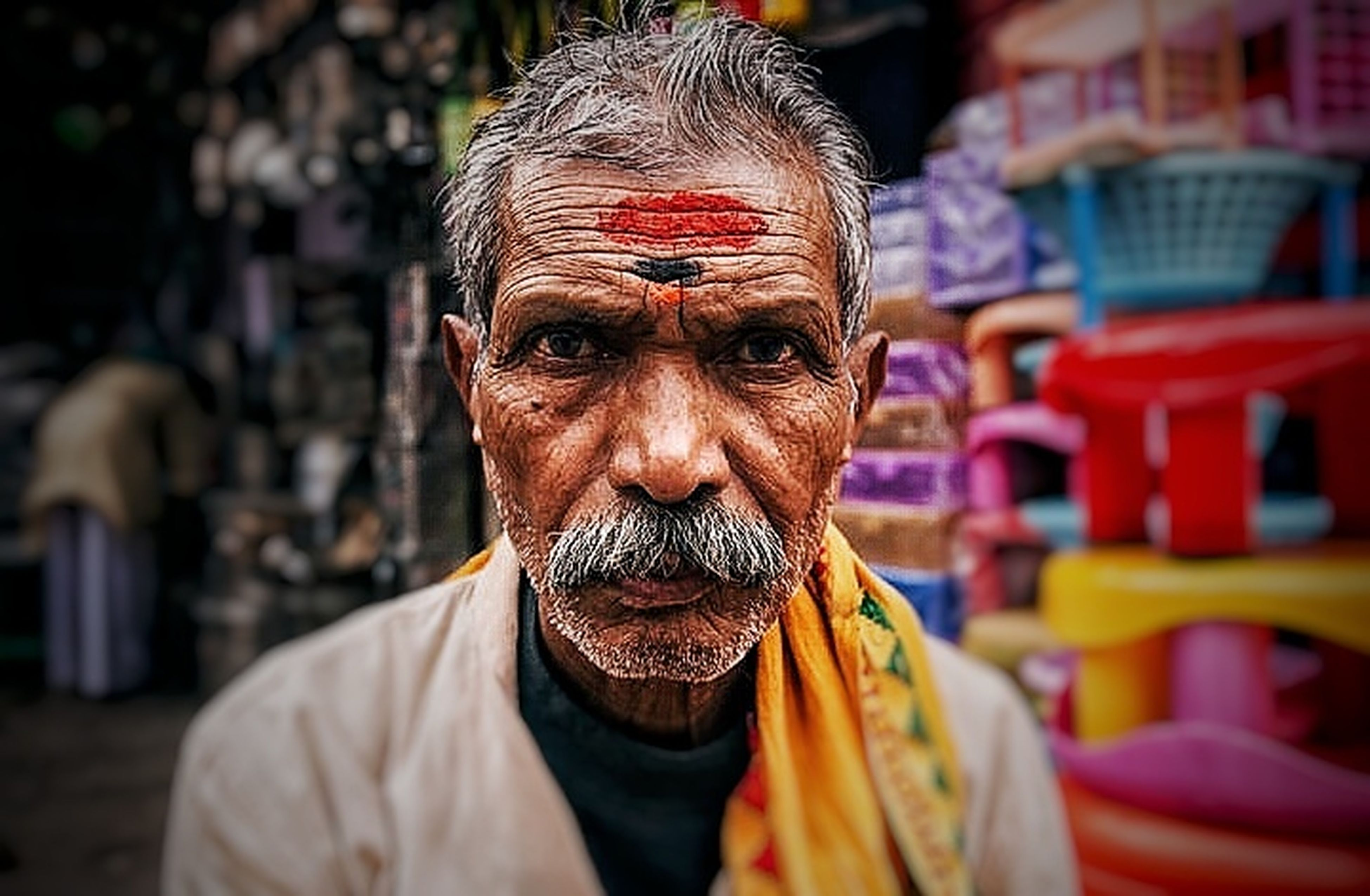portrait, looking at camera, only men, adults only, one man only, one person, senior adult, beard, men, lifestyles, real people, human face, adult, facial hair, cultures, religion, people, holiday - event, close-up, outdoors, senior men, human body part, day