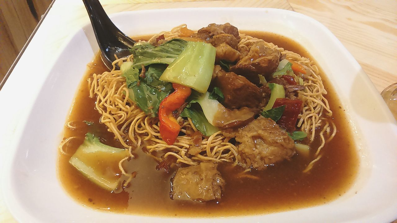 Stew Beef Crispy Noodle.. Food Hongkongfood Delicious Eat Food Of The Day Beef Noodle Asianfood