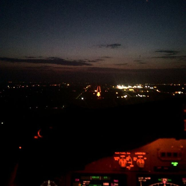 That's the best part of Flying in Gud Visibility . Boeing Boeinglovers B737 Runway Hyderabad Airport Sunrise Sunrays Clouds Dawn Dusk Yellowsky Skyline Horizon Lpflyinghigh Pilotlife Pilotview Piloteyes737 Airplane Cockpitview Flightdeckview Aviation Aviator avgeek avnerd fiftyshades_of_twilight