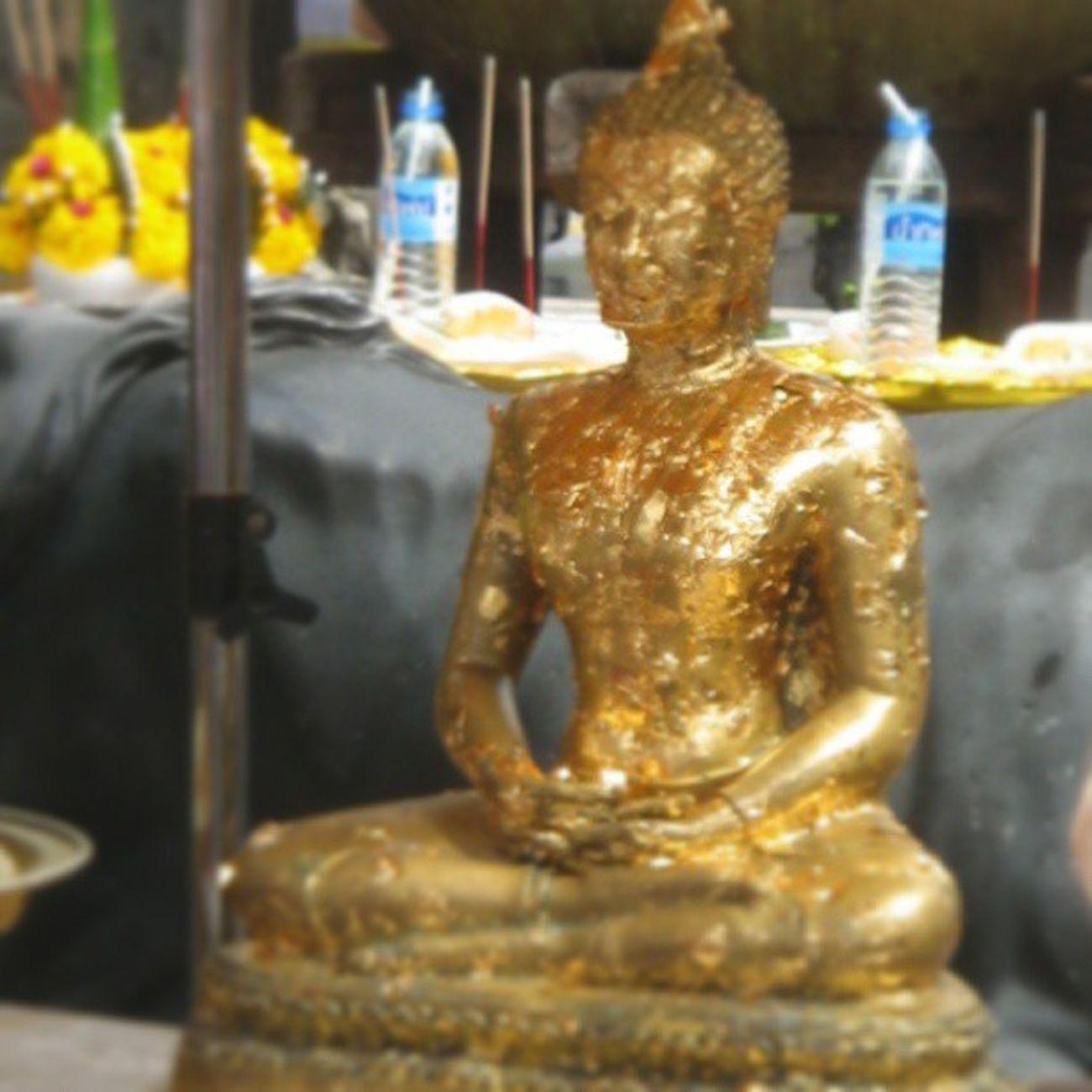 Buddha in Thailand. Travel Instagram Instapod Gold Instagood Instagramania Streetphotography Thailand Instaturk Igaddict Igers Igmasters