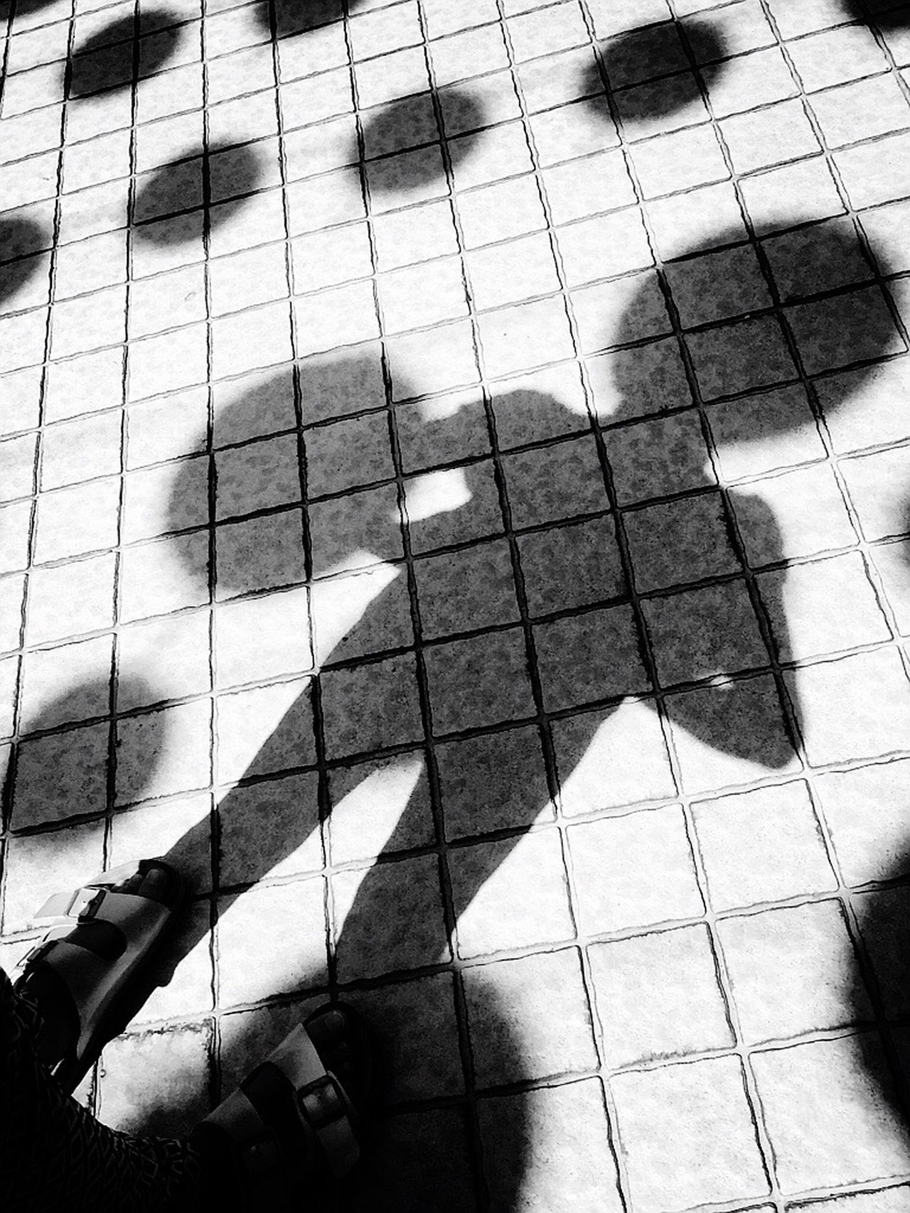 ET Alian Shadow Fun Sunny Day Travel Photography IPhoneography Science Fiction Pattern EyeEm Best Shots Eye4photography  Pattern, Texture, Shape And Form EyeEm EyeEm Gallery